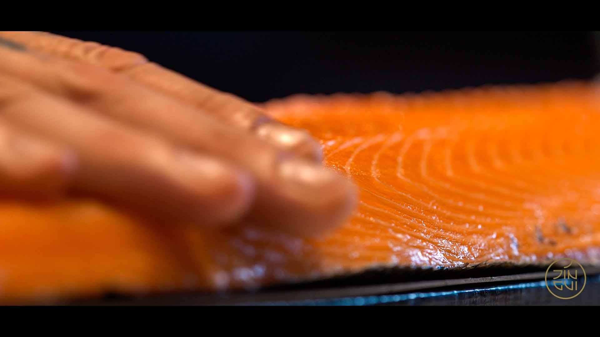 TORTUE_Jin_Gui_Sushi_Salmon